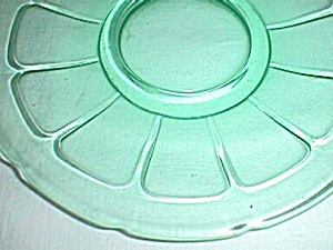 Diamond Glassware Victory Saucer Green (Image1)