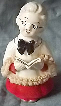 Vintage Choir Boy w Spectacles Figurine (Image1)