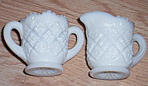 Westmoreland Thumbelina Cream And Sugar Set