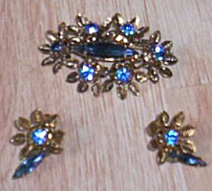 Stunning Austria Earring And Brooch Set