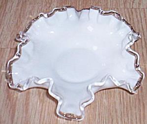 Fenton Silver Crest Double Crimped Bon Bon (Image1)