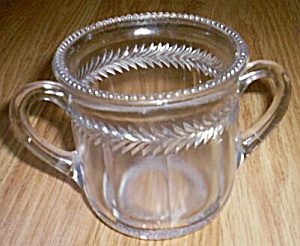 Antique Spooner US Glass Wreath (Image1)