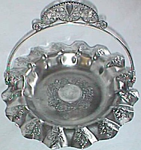 Pairpoint Silver Plated Basket Highly Decorated (Image1)