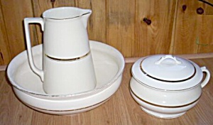 Crooksville Pottery Stinthal Commode Set (Image1)