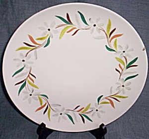 Red Wing Dinner Plate Daisy Chain