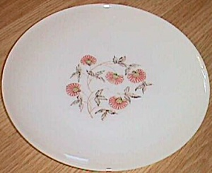 Fire King Dinner Plate Fleurette Pattern (Image1)