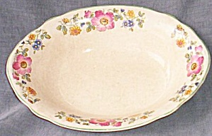 Canonsburg Georgelyn Ivory Oval Vegetable Bowl