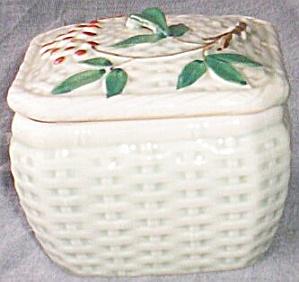 Porcelain Trinket Box Basket Weave Bamboo (Image1)