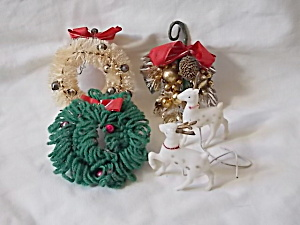 5 Vintage Christmas Ornaments (Image1)