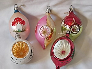 5 Vintage Oval Dent Center Christmas Ornaments