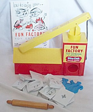 1965 Play-doh Fun Factory W/ 12 Dies