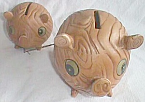 Vintage Chained Piggy Bank Set Mom & Baby Pig (Image1)