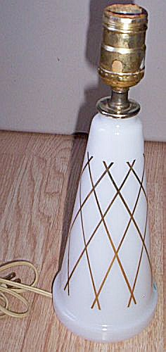 Retro 60�s Glass Dresser Lamp (Image1)