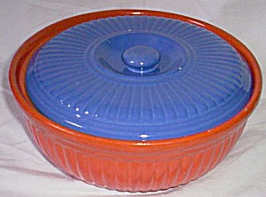 Red Wing Pottery Reed Casserole (Image1)