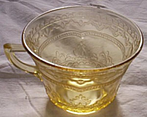 Federal Patrician Flat Cup Amber (Image1)