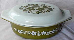 Pyrex Green Daisy Covered Casserole (Image1)