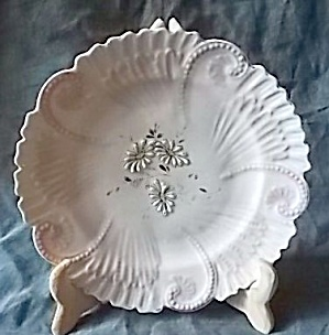 Antique Porcelain Plate Raised Daisy (Image1)