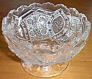 Higbee Small footed Bowl Floral Oval (Image1)