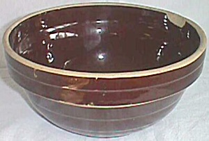 "9"" Brown Stoneware mixing Bowl Western Pottery (Image1)"