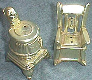 Metal Rocker & Pot Belly Stove Shaker Set (Image1)