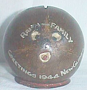 Amusing Souvenir Coconut Bank New Guinea 1944 (Image1)