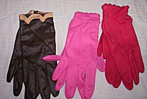 3 Pair Vintage Ladies Gloves Fownes (Image1)