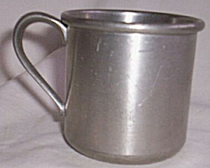 Small Pewter Child�s Cup (Image1)