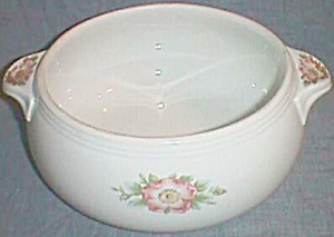 Hall China Rose White 2 � qt Tab Handle Casserole (Image1)