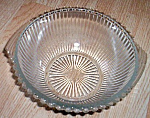 Depression Glass Mixing Bowl Pinwheel Rim (Image1)