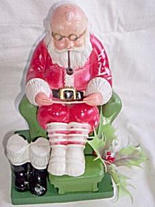 Vintage Plastic Santa Reading His List (Image1)