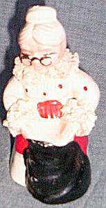 1956 Kreiss Mrs. Clause Salt Shaker (Image1)