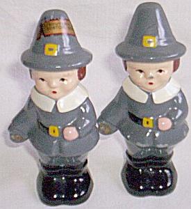 Pair Souvenir of Boston Metal Pilgrims (Image1)
