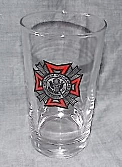 Vintage VFW Drinking Glass Free To service Person (Image1)