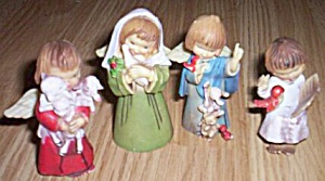 4 Vintage Hard Plastic Christmas Children Angels (Image1)