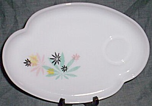 Federal Glass Snack Plate Leaf Pattern (Image1)