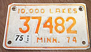 Vintage Minnesota Motorcycle License Plate 1974 (Image1)