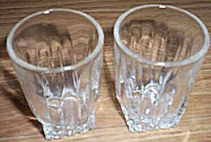 Pair Federal Glass Shot Glasses (Image1)