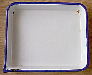 Low Rectangle Enamel Pan Corner Spout (Image1)