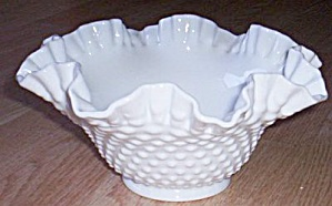 Fenton Double Crimped Round bowl (Image1)
