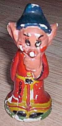 Vintage Dopey Chalkware Figurine (Image1)