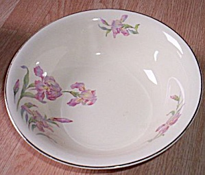 Universal Pottery Serving Bowl Iris (Image1)