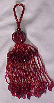 Vintage Beaded Ruby Glass Tassel (Image1)