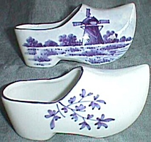 Adorable Pair Tiny Dutch Shoes With Dutch Windmill Scene