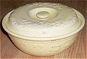 Homer Laughlin Oven Serve Casserole Yellow (Image1)