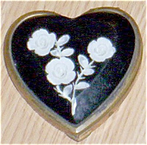 Heart Shaped Lucite Compact White Roses Free Shipping