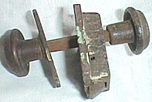Antique Cast Iron Closet Door Knob Lock (Image1)
