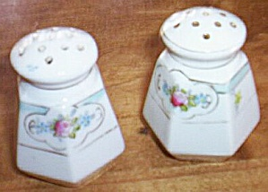 Nippon Salt and Pepper Shakers (Image1)