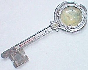 Vintage Souvenir Thermometer Compass Key Shaped (Image1)