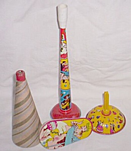 3 Metal New Years Noise Makers 1 Paper Horn (Image1)