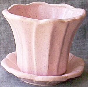 Lovely Pink Speckled Brush/McCoy Jardinière (Image1)